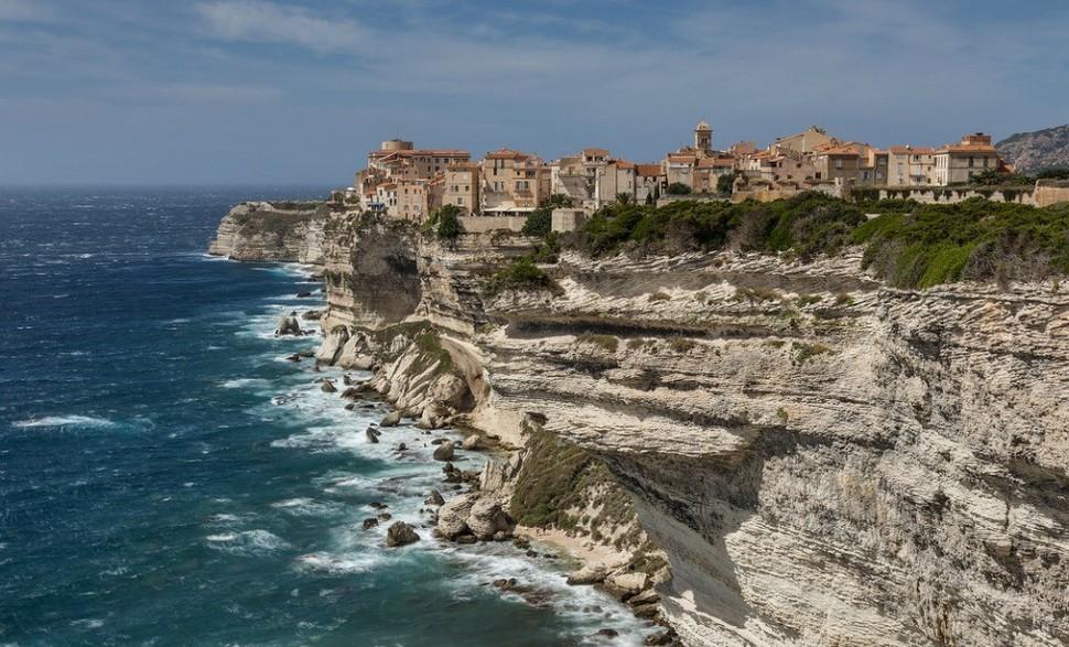 bonifacio-copyright-philippe-clabots-best-hidden-gems-in-europe-european-best-destinations