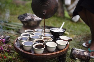 Street-Food-Around-the-World-Africa-Ethiopian-Coffee