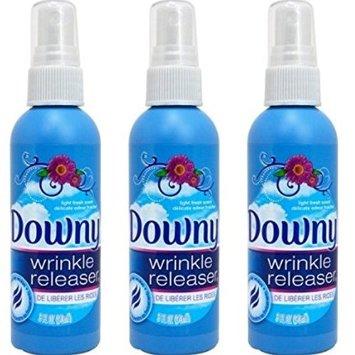 Gadgets-Every-Traveler-Needs-Wrinkle-Release-Spray