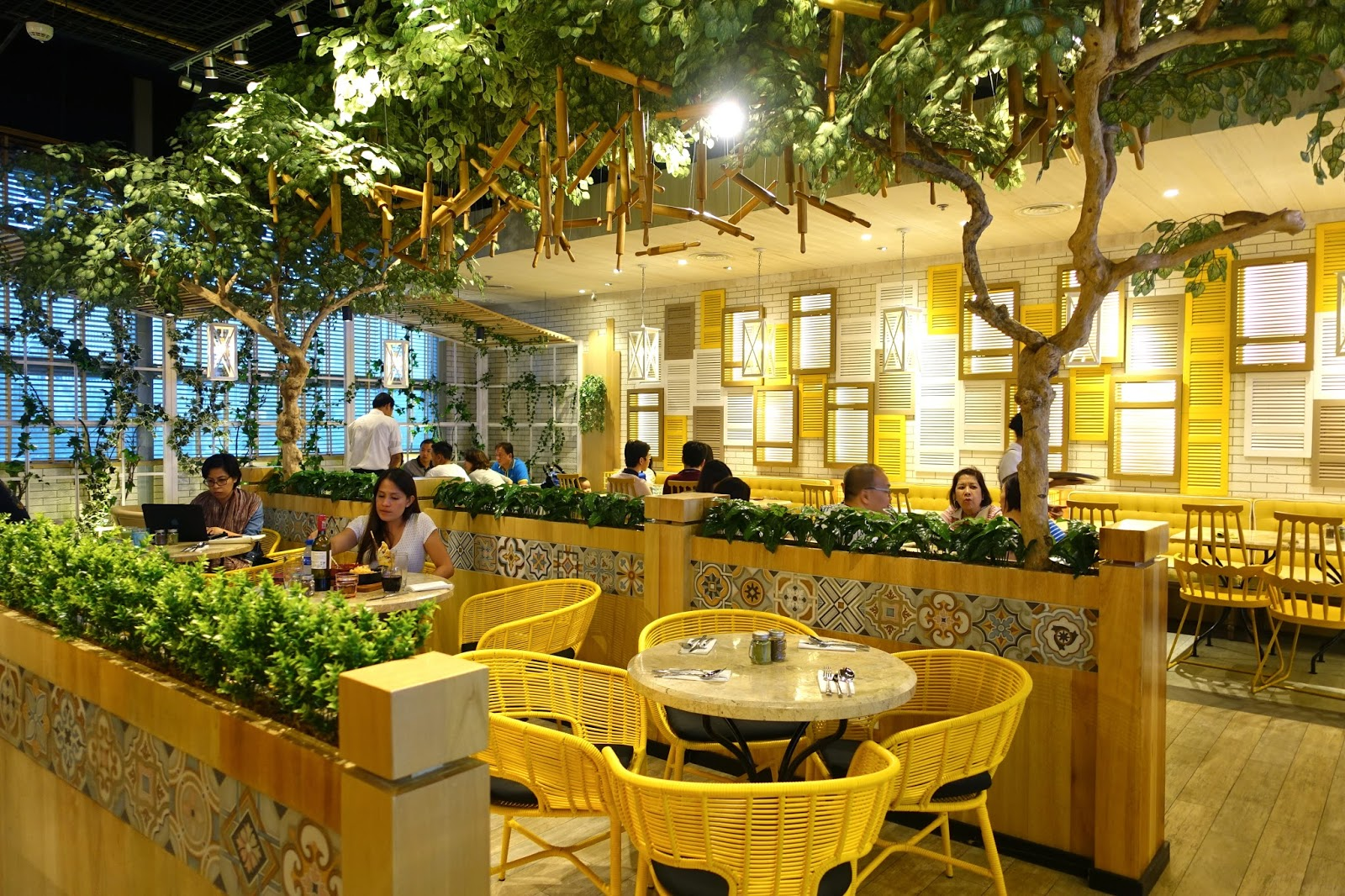 The whimsical interiors of Le Petit Souffle
