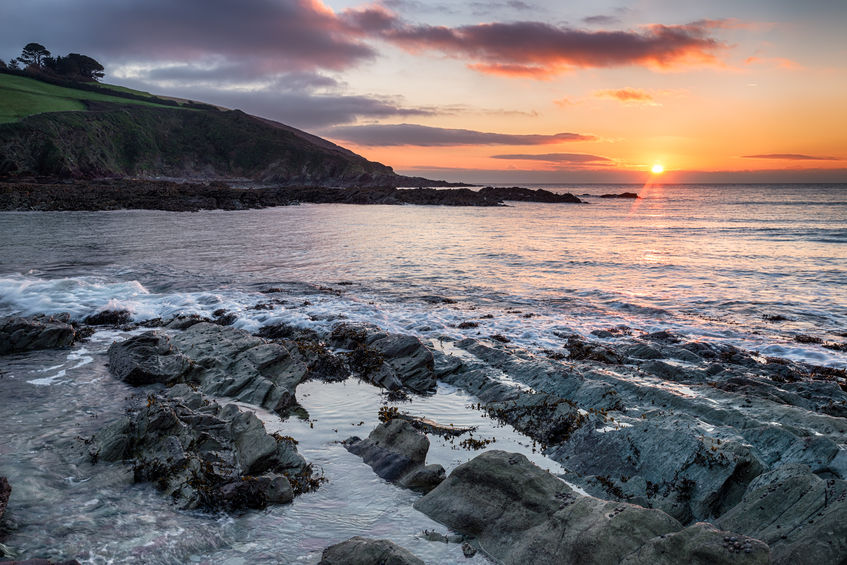 cornwall winter sunrise from talland bay