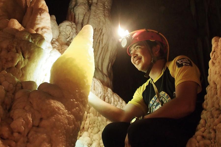 8-cavemaster-joni-bonifacio-in-central-cave