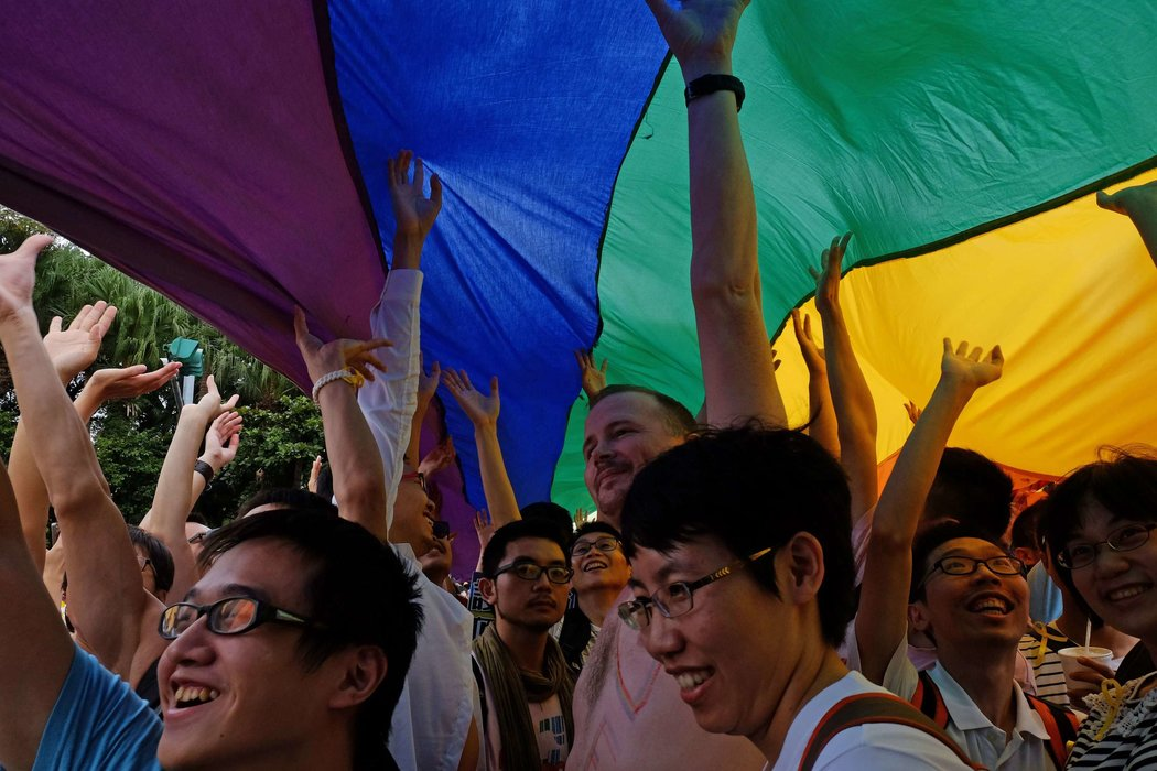 Thousands march in taiwan gay pride parade for referendum vote