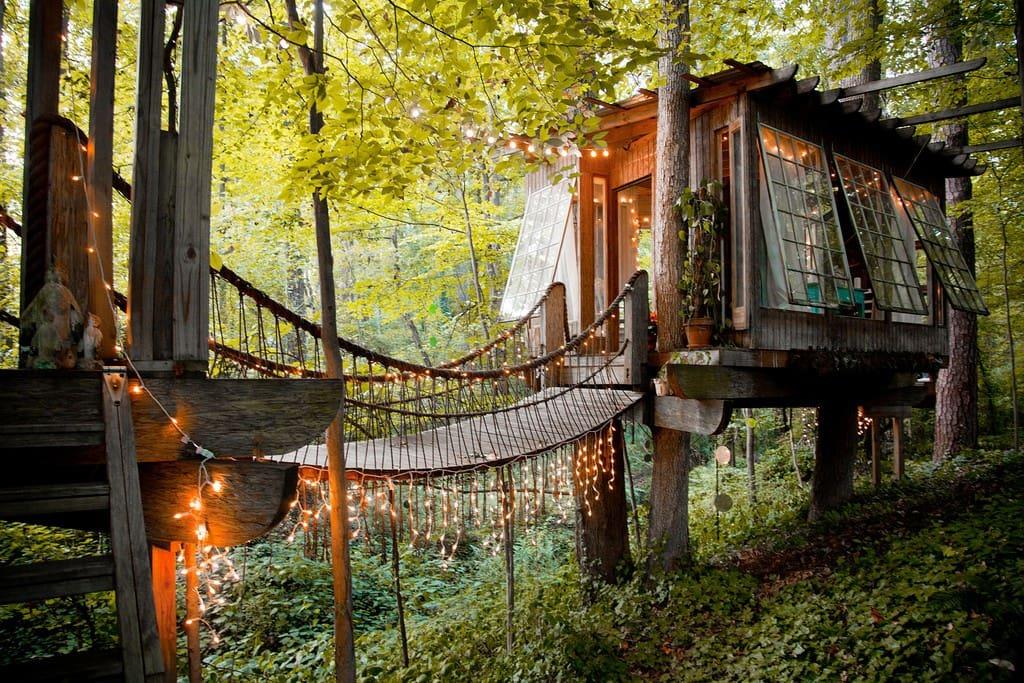 dreamy-treehouse