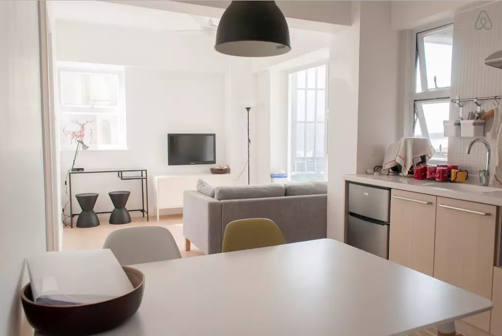 hong-kong-airbnb-family-baby-friendly