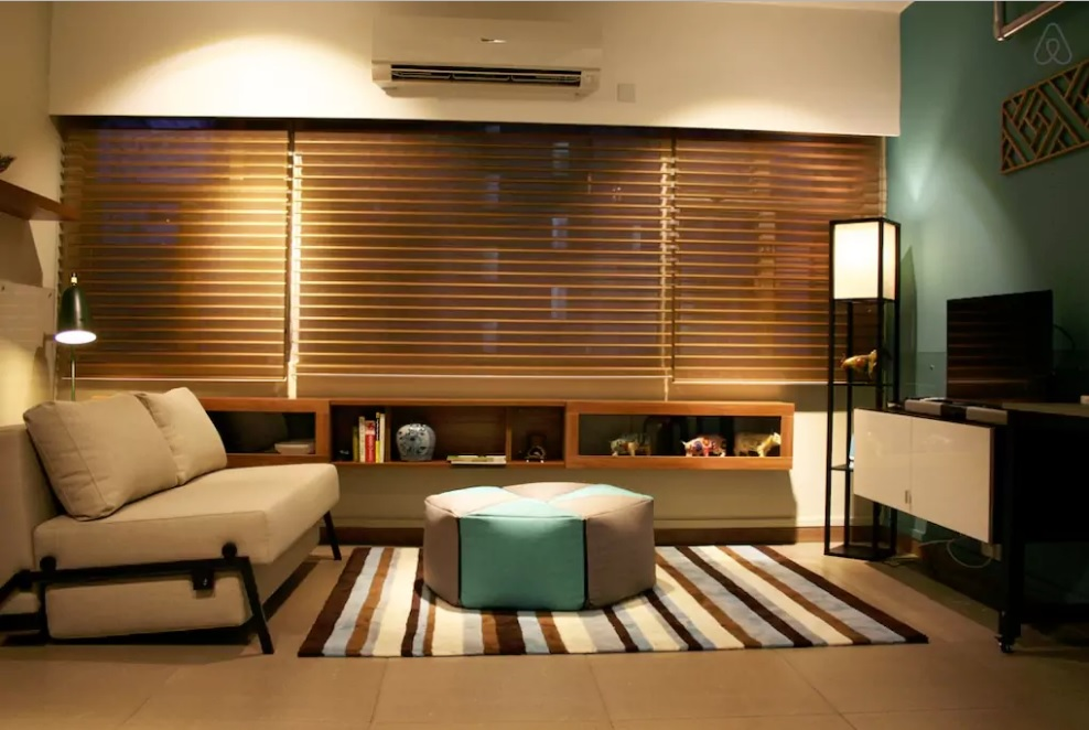 hong-kong-airbnb-family-work-friendly