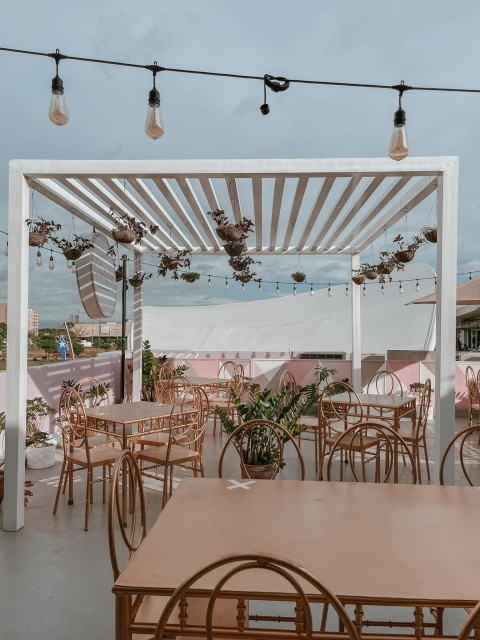 Cafe Serendipitale Rose Gold Interiors and Old Vintage House Lights