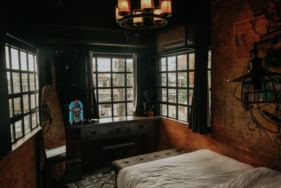 Funky Quarters room
