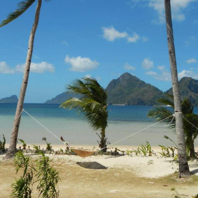 Las Cabanas Beach Resort ocean view