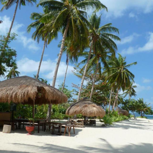 Las Cabanas Beach Resort Surrounding views with huts