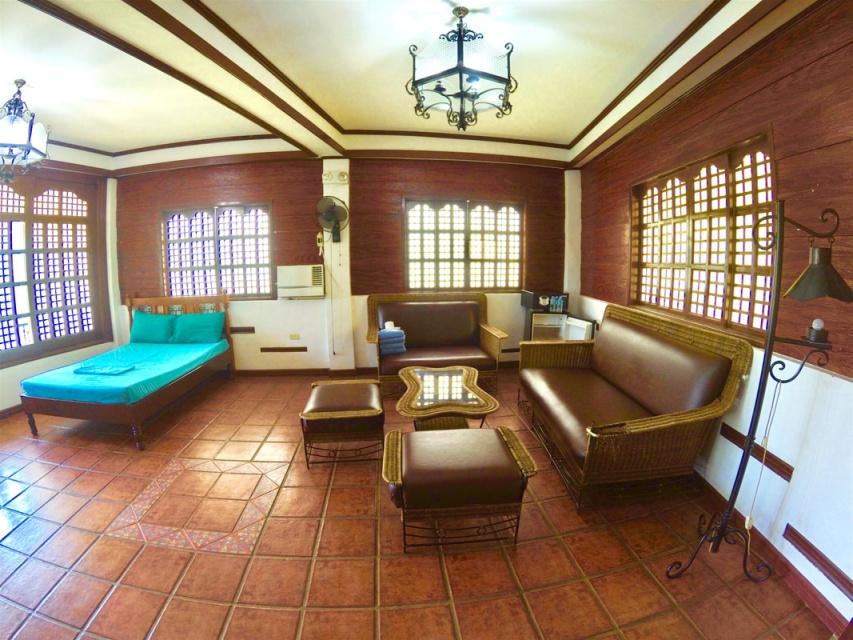 blue house suites