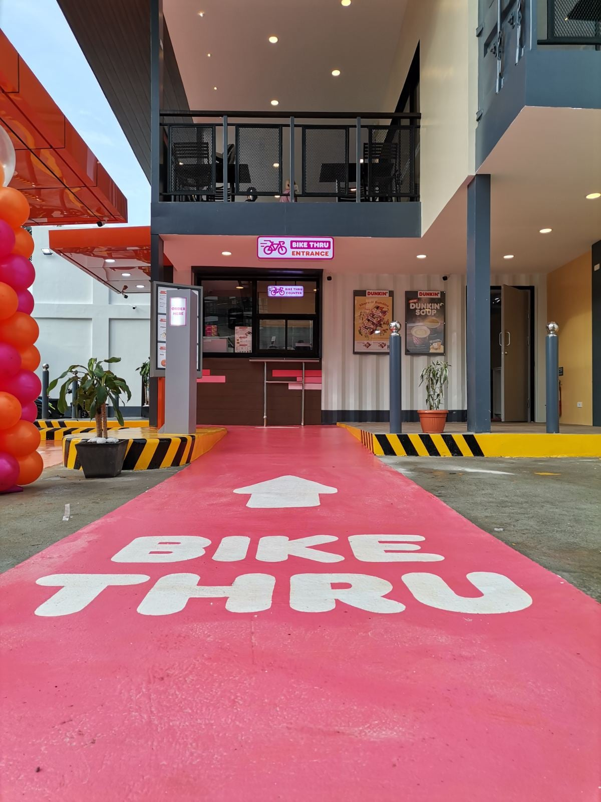 Dunkin Donuts Timog Bike Thru Lane