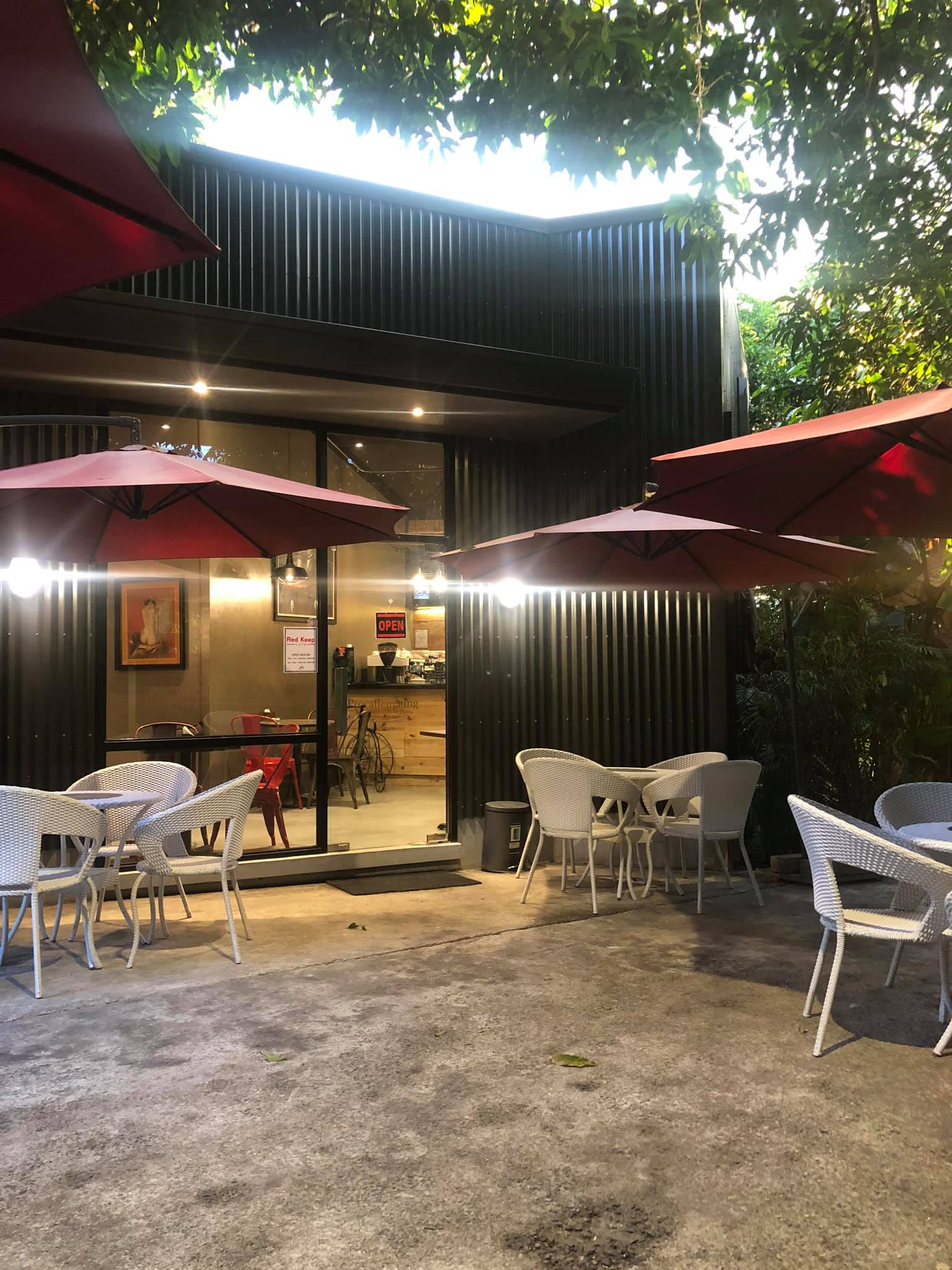 Red Keep Cafe Cainta Exterior